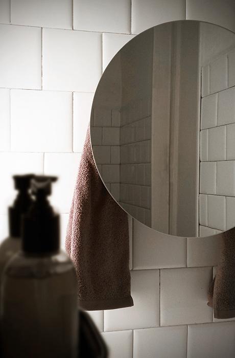 mg12-scaldasalviette-towelwarmers-round-mirror2
